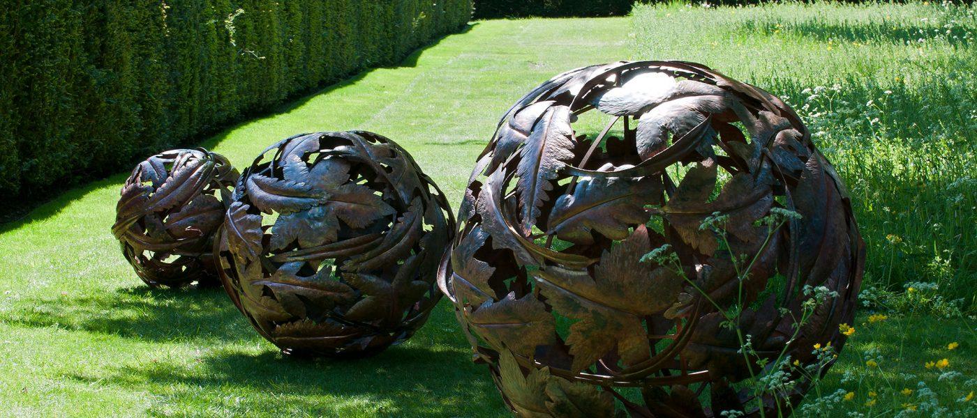 Cara-Wassenberg-Leaf-Globes_DSC3233-photo-Jacqui-Hurst